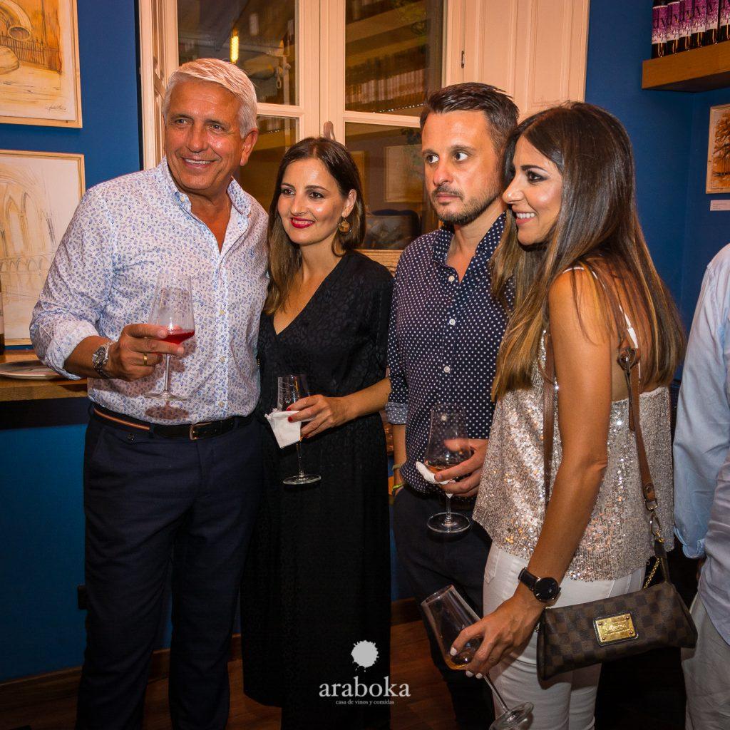 Invitados araboka restaurante evento del tercer aniversario en el centro de Málaga