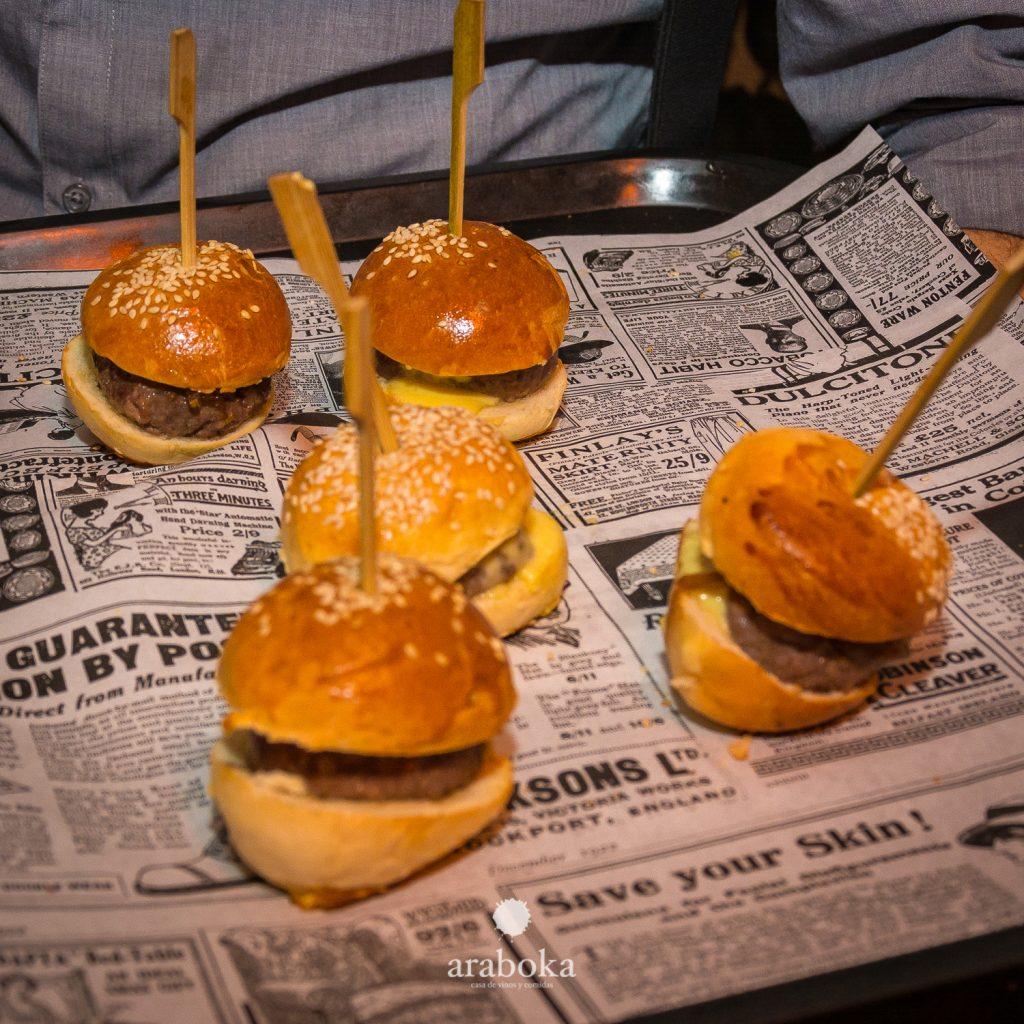 Mini Hamburguesita de Buey araboka restaurante de carnes La Finca